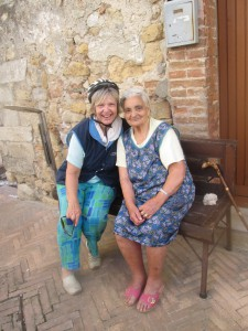 Heidi and old women in Montoro